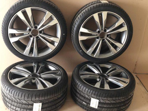 Джанти комплект с гуми за модела CLS W218